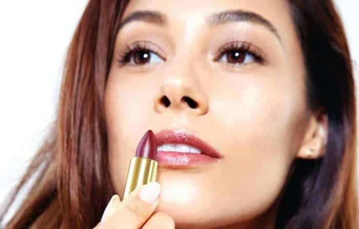 Best Lipstick For Olive Skin  Color Shades, Pink, Peach -4040